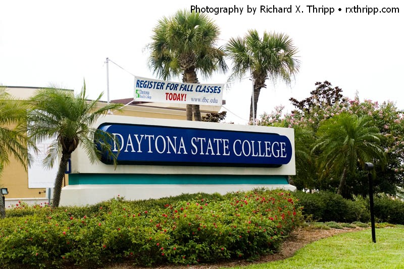 New Sign for Daytona State College
